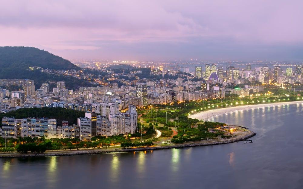 Río de Janeiro por la noche