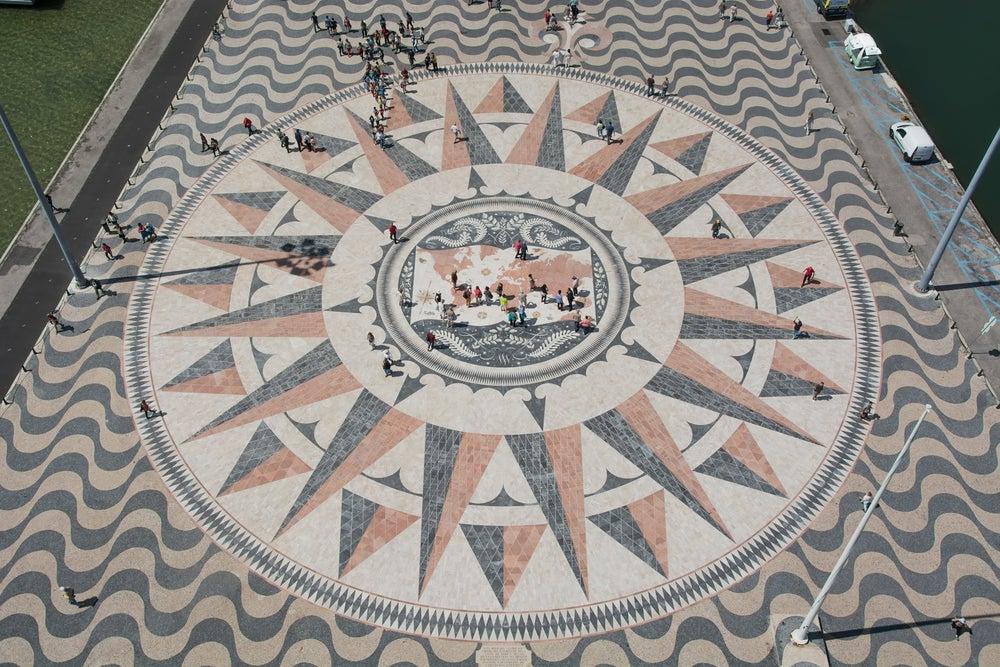 Rosa de los Vientos en el Monumento a los Descubrimientos