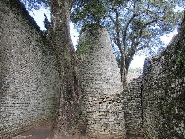 Torre Cónica en el Gran Zimbabue
