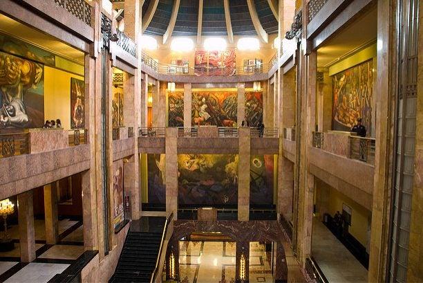 Vestíbulo del Palacio de Bellas Artes de México