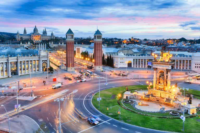 Conoce Barcelona de noche y los planes que te ofrece