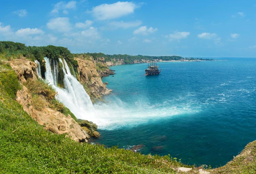 Visitamos las impresionantes cataratas de Düden en Turquía