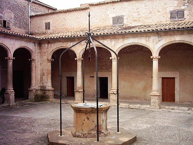 Convento de Jesús María de Sineu