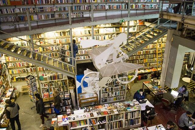 Ler Devagar, una de las librerías más singulares