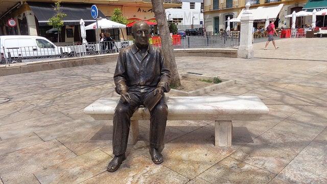 Estatua de Pablo Picasso en Málaga