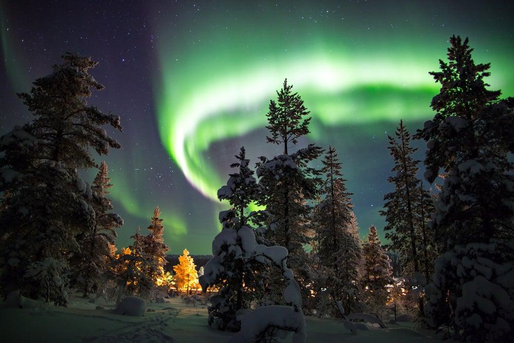 Disfruta de las hermosas auroras boreales en Finlandia