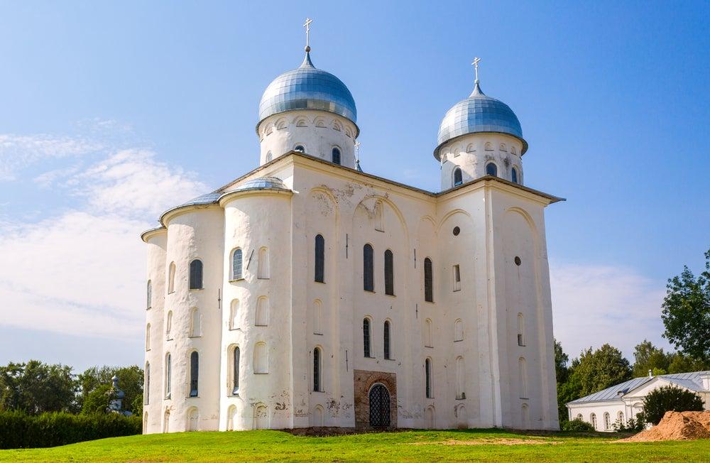 Catedral en el monasterio de Yuriev