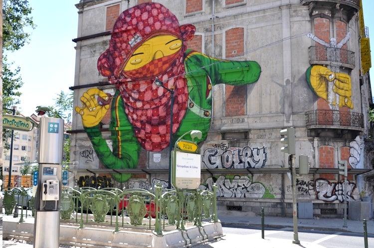 Grafitti en Lisboa, una ciudad que visitar antes de los 30
