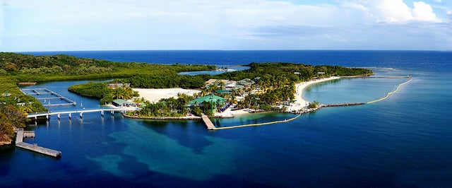 Mahogany Bay en la isla de Roatán