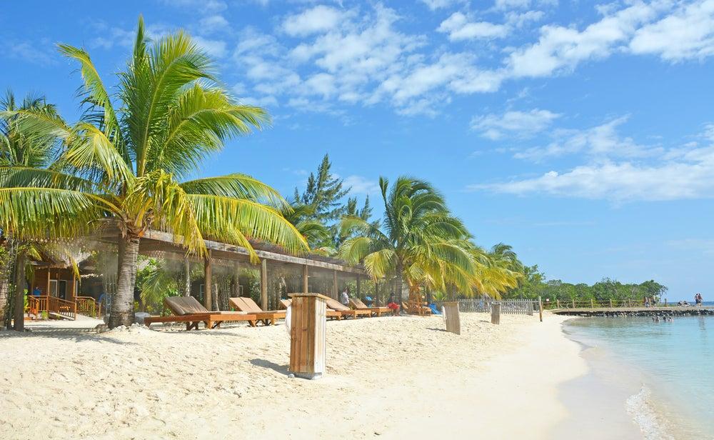 Mahogany en la isla de Roatán en Honduras