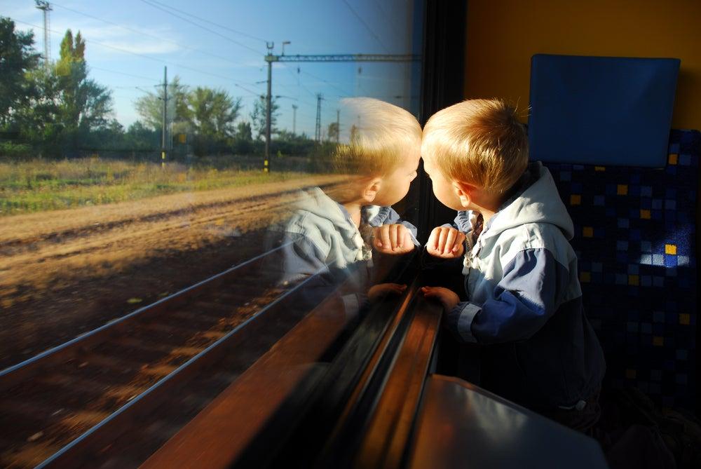 Juegos para entretener a los niños durante un viaje