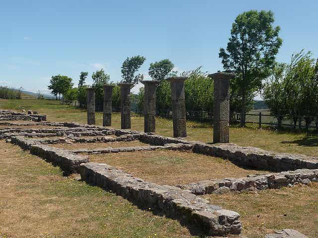 Descubrimos las ruinas romanas de Julióbriga
