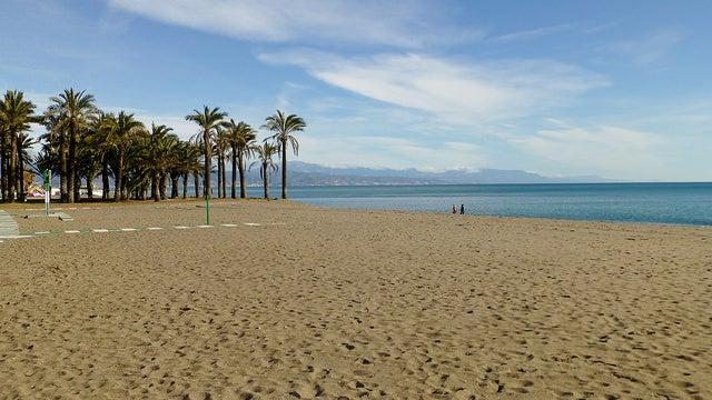 Playa de Torremolinos en una de las mejores costas de Esapaña