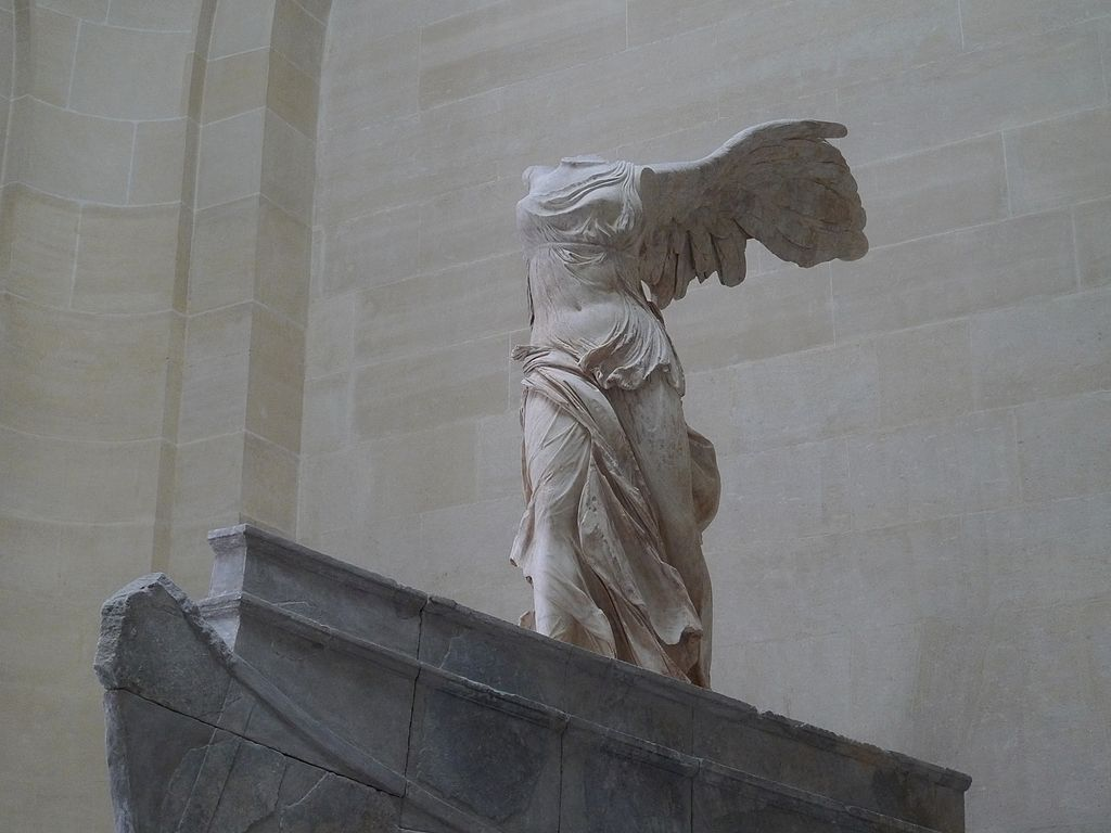 Victoria de Samotracia en el Louvre
