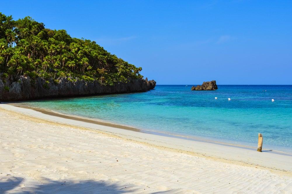 West Bay en Roatán, una de las playas de Honduras más bonitas