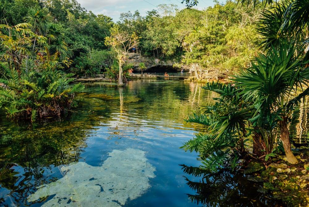 Cenote Azul en México