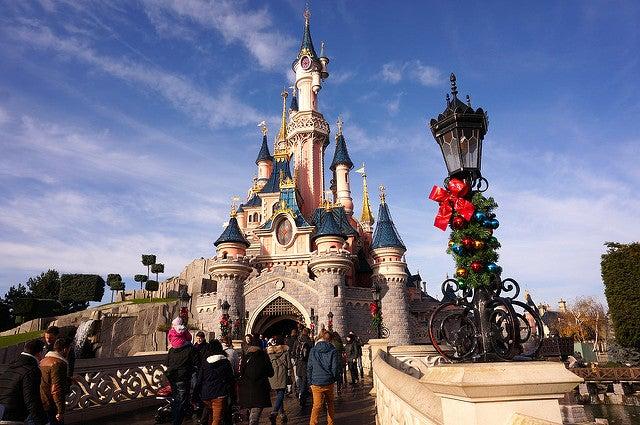 Viajar a Disneyland Paris, el parque en Navidad