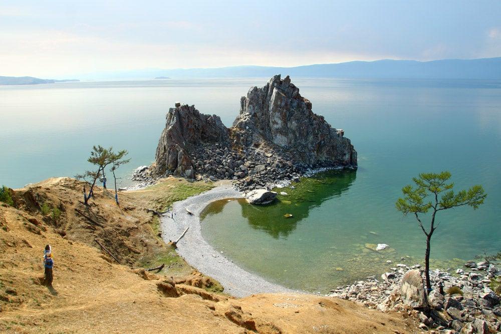 Isla Olkon en el lago Baikal