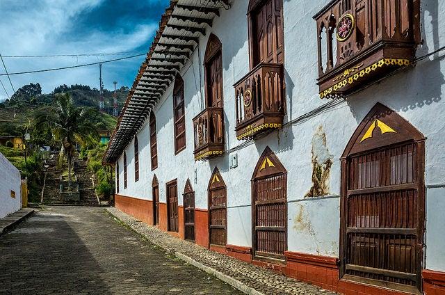 Calle típica en Jericó cerc a de Medellín