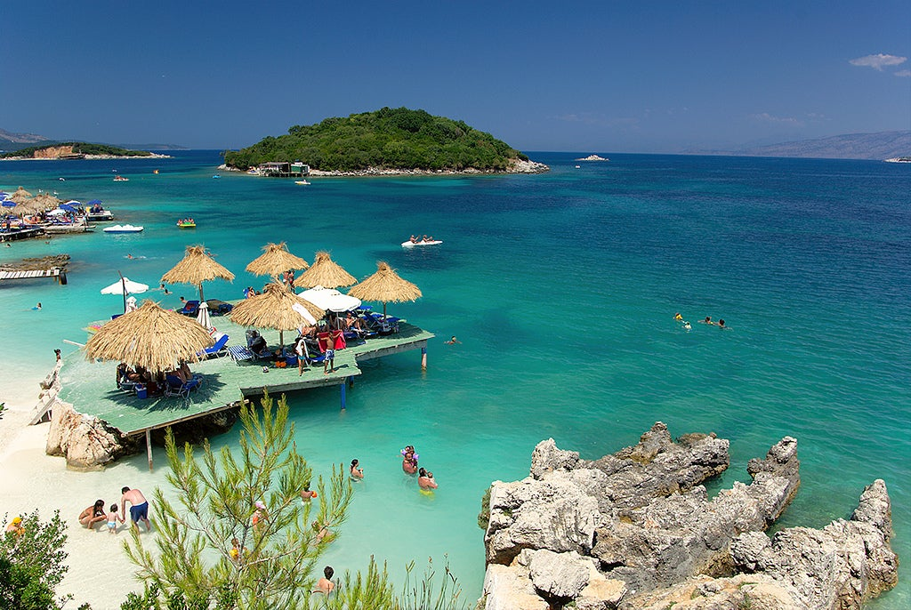 Playa de Ksamil en Albania