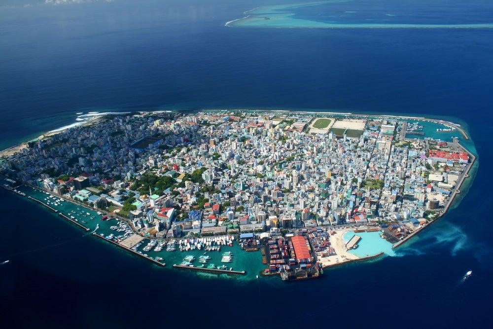 Visitar Malé, una de las coas que hacer en las Maldivas