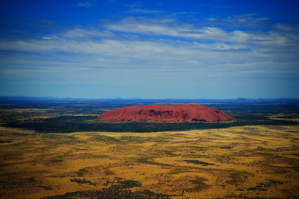 Vista aérea del monte Uluru