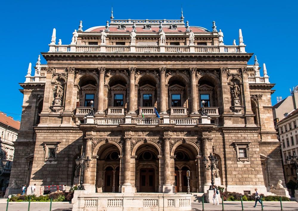 La Ópera Nacional de Hungría, una visita obligada en Budapest