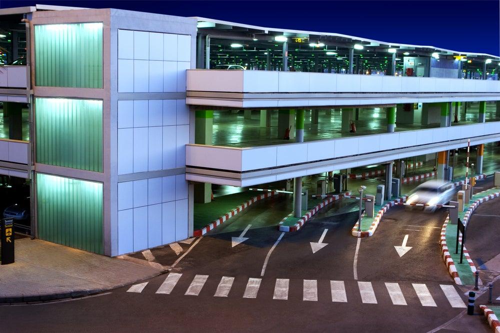 Parking en los aeropuertos