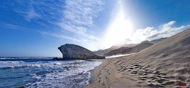 Playa de Mónsul en el cabo de Gata