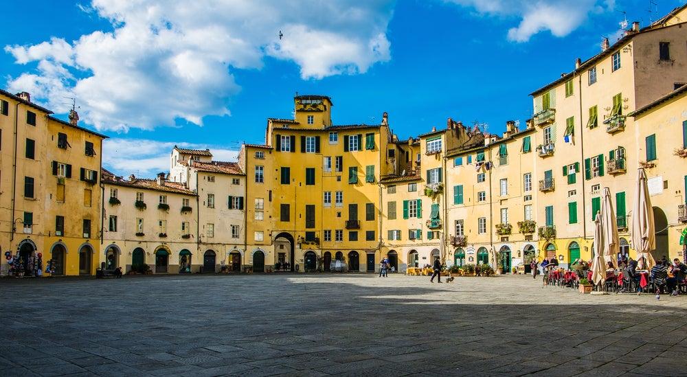 Plaza del Mercado de Lucca