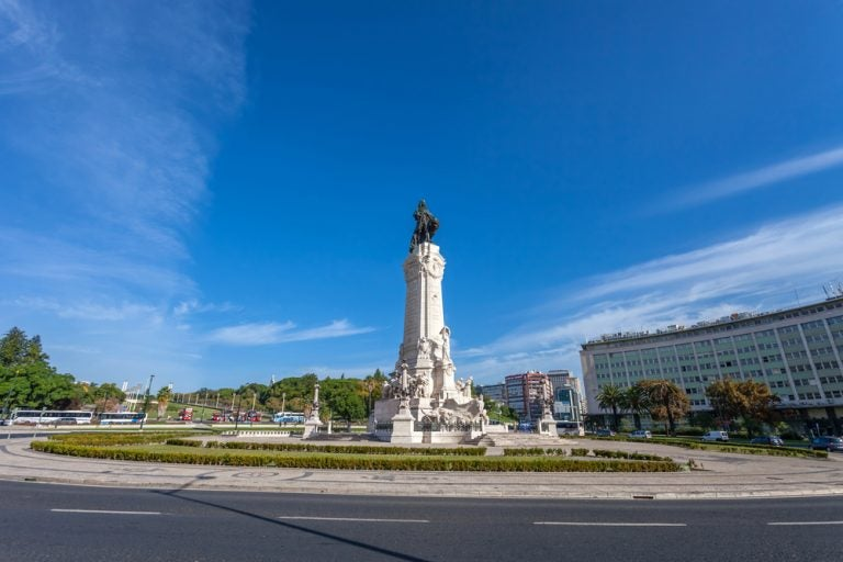 La plaza del Marqués de Pombal, una de las más importantes de Lisboa