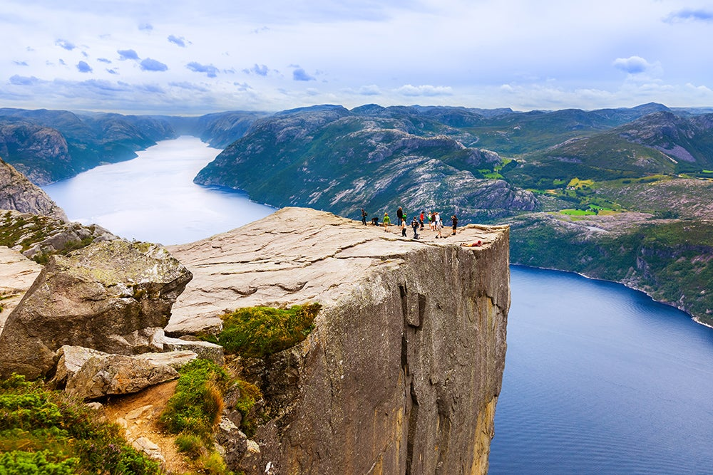 Preikestolen en los fiordos noruegos