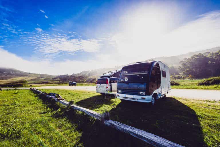Las mejores rutas en caravana con niños por España