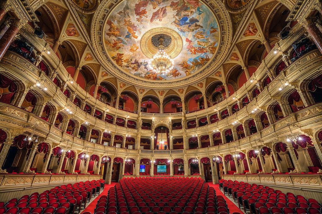 Sala de la Ópera Nacional de Hungría