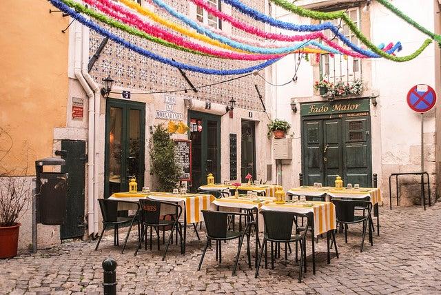 Restaurante en la Alfama de Lisboa