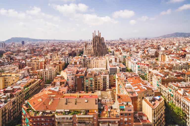 Disfruta de los mejores recorridos por Barcelona