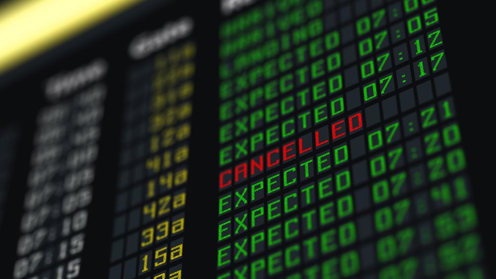 ¿Qué debo hacer cuando han cancelado mi vuelo?