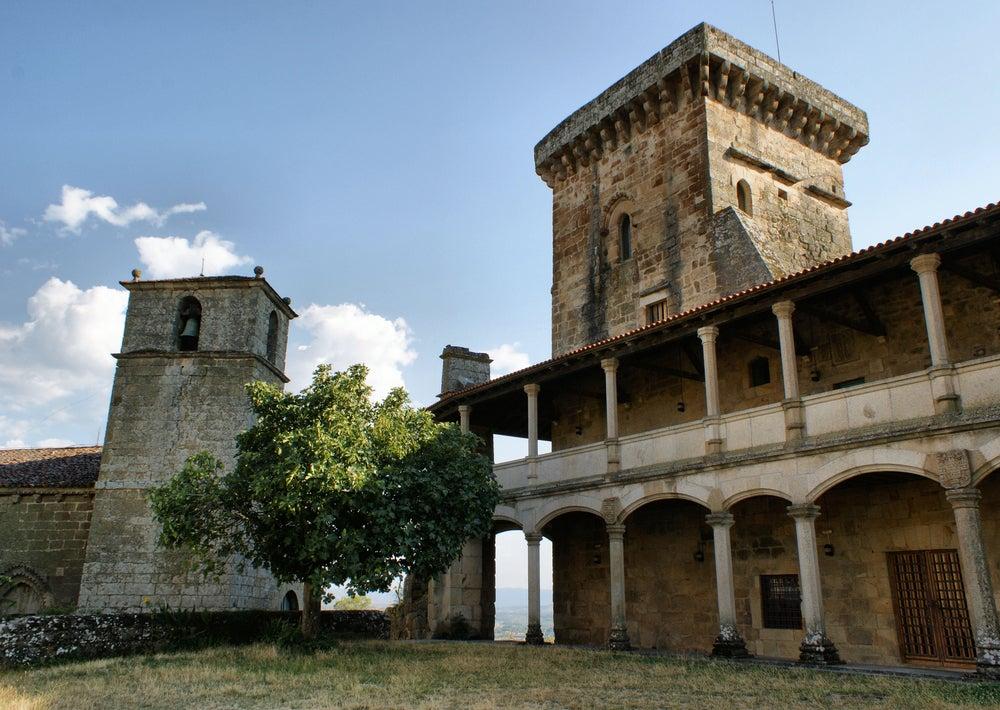 Castillo de Monterrei en la provincia de Galicia de Ourense