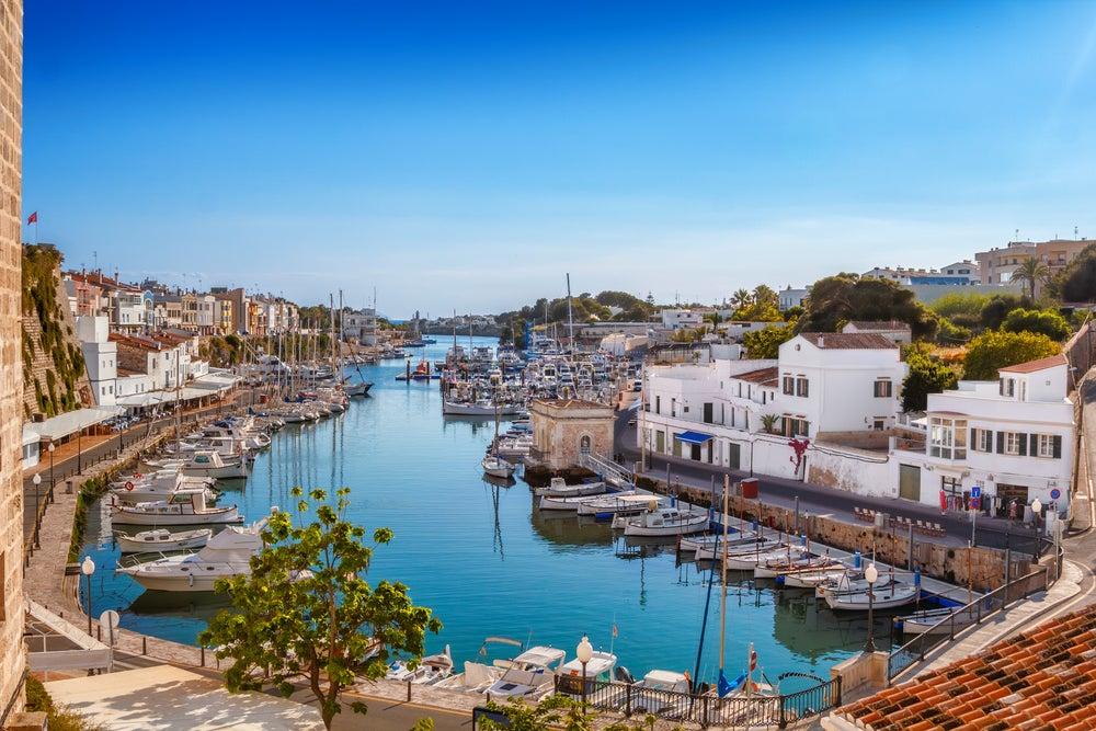 Barcos en Ciutadella en Menorca