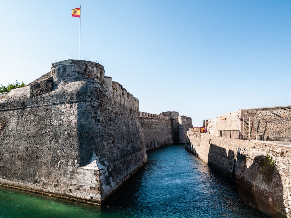 Fortaleza y foso de Ceuta