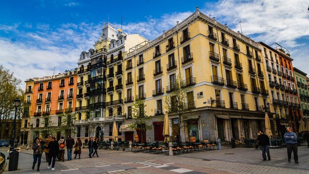 Anímate a conocer los barrios de Madrid más populares