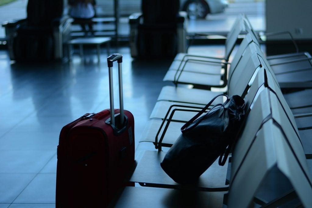 A qué tienes derecho si tu vuelo se retrasa