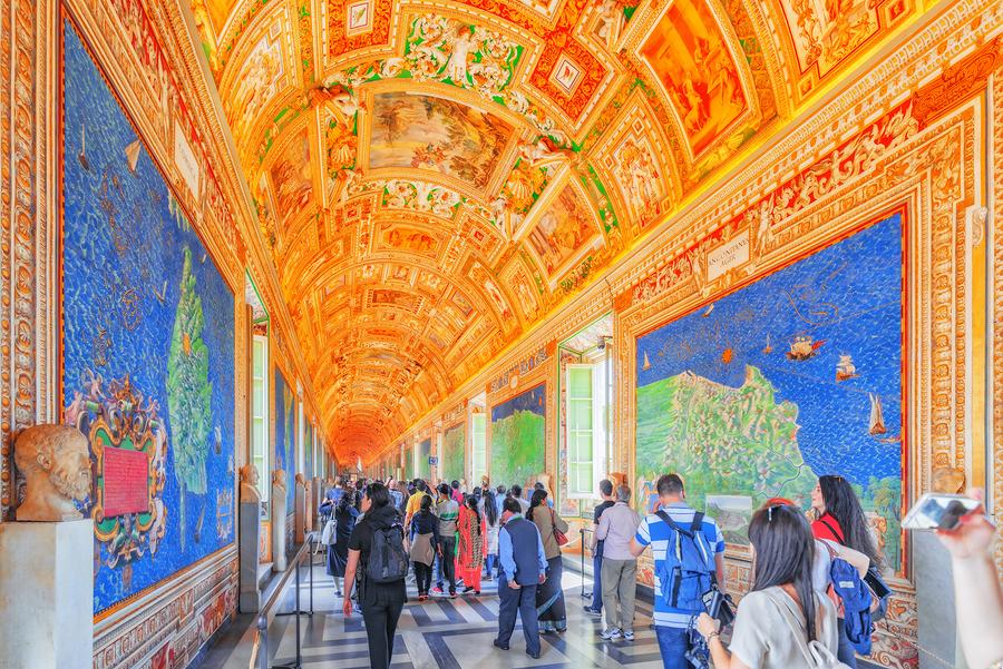Aparte de arte eclesiástico, hay otras curiosidades en los museos vaticanos.