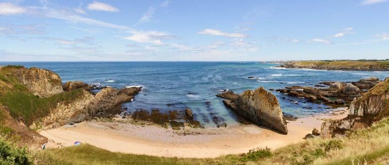 Playa de Mexota una de las playas del Cantábrico más bonitas