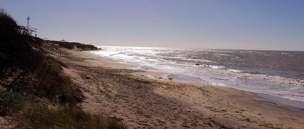 Playa de Punta Candor, una de las playas nudistas de Cádiz