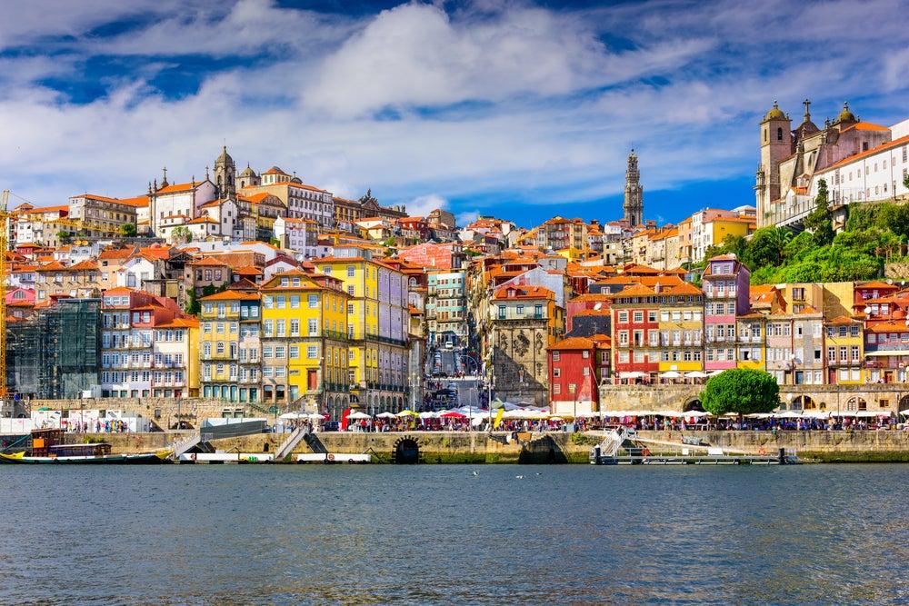 Barrio de la Ribeira, una de las cosas que ver en Oporto