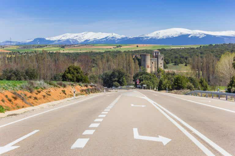 6 increíbles rutas en moto por Castilla y León