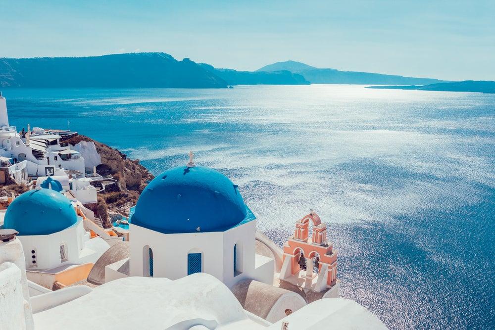 Prueba el buceo en Santorini, siéntete como pez en el agua