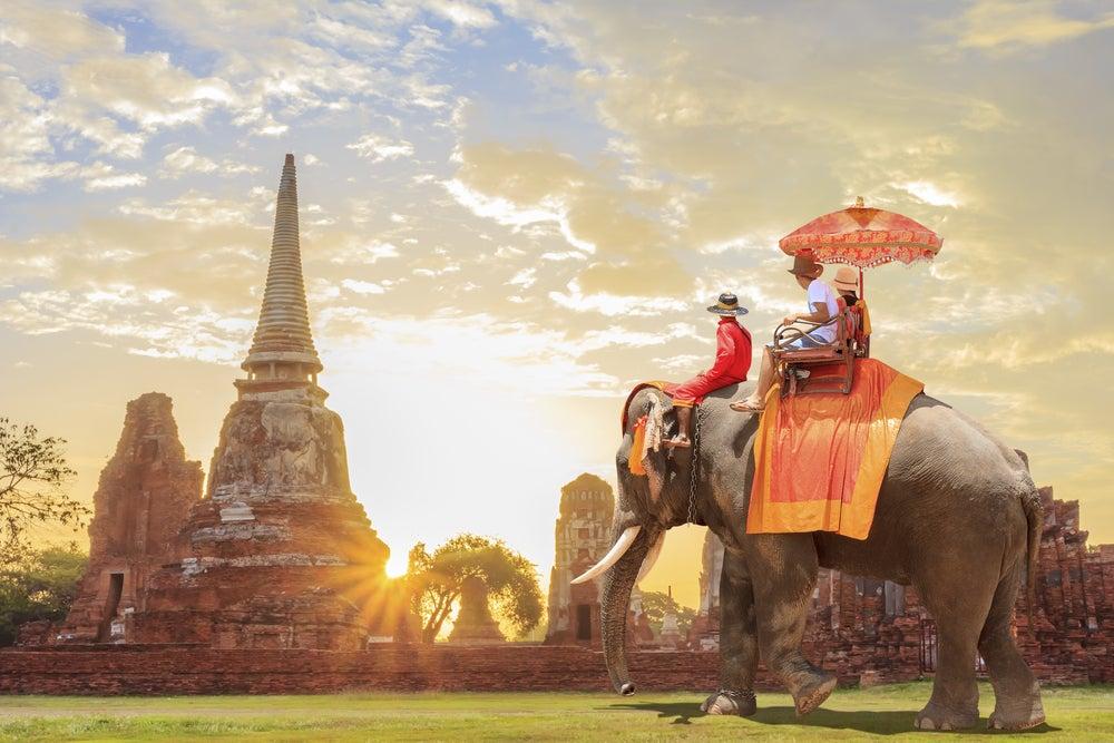 Turistas en Bagan