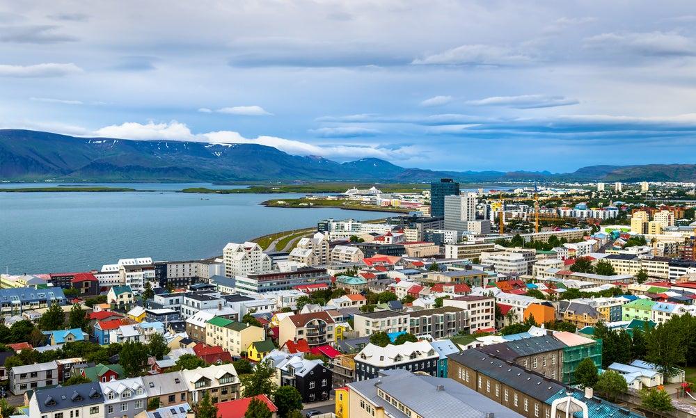 5 hoteles baratos y agradables para dormir en Reikiavik